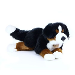 Plyšový pes salašnický ležící - 44 cm