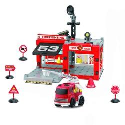 Sada - hasičská stanice s autem