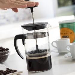 French press na přípravu kávy