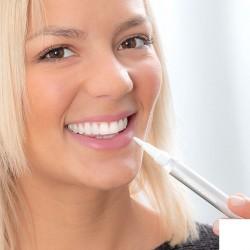 Tužka na bělení zubů - 2 ks - InnovaGoods