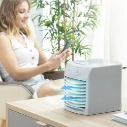 Přenosná mini evaporační klimatizace Freezyq+ - LED - InnovaGoods